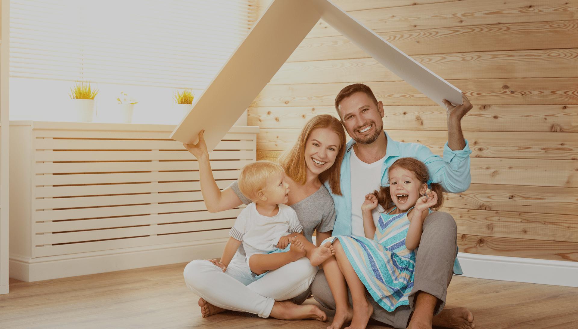 famille bonheur rires toit isolation travaux